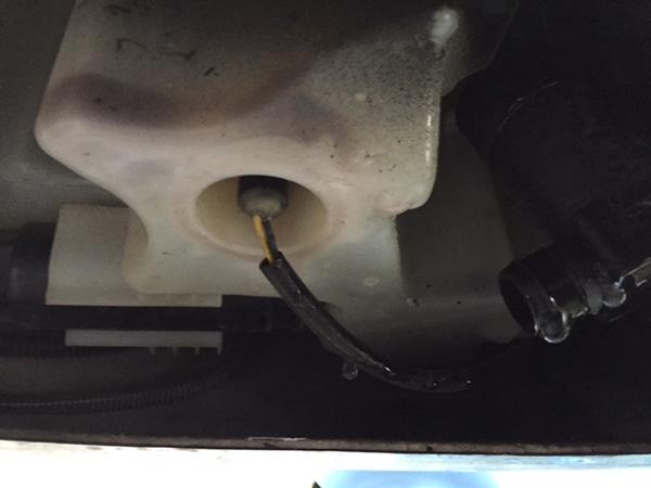 BMW 3シリーズ E46 ウォッシャー液が出ない