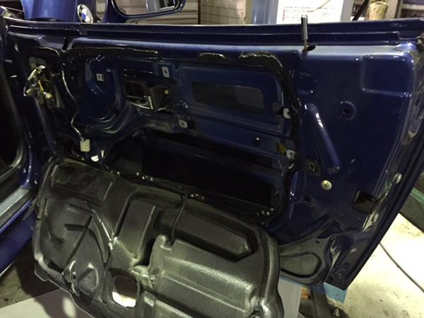 bmw Z3 運転席ウインドレギュレータ 運転席まど開閉時の異音 修理