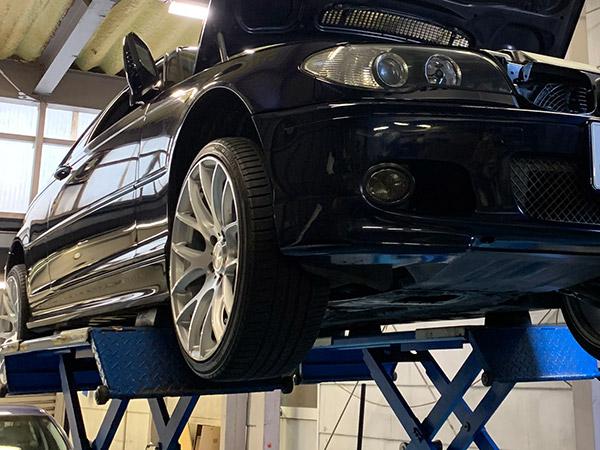 BMW 3シリーズ(e46)オイル漏れ