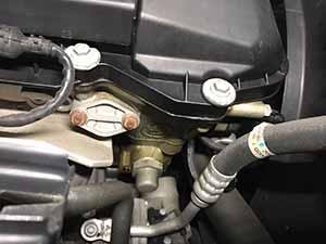 BMW X3 エンジンオイル漏れ