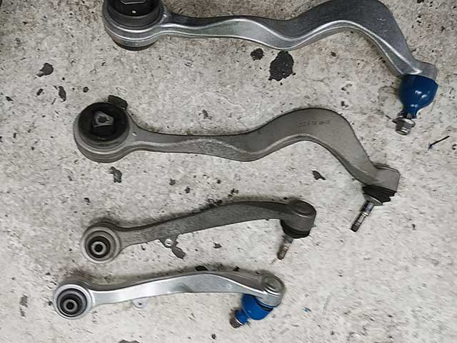 BMW5シリーズ E61 足廻り整備